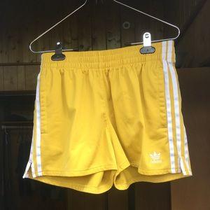 adidas Shorts - Adidas shorts ☀️